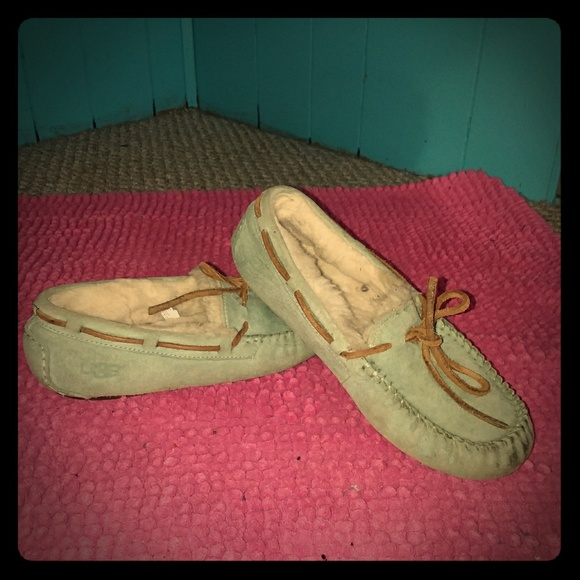 UGG Shoes - UGG Womens slippers